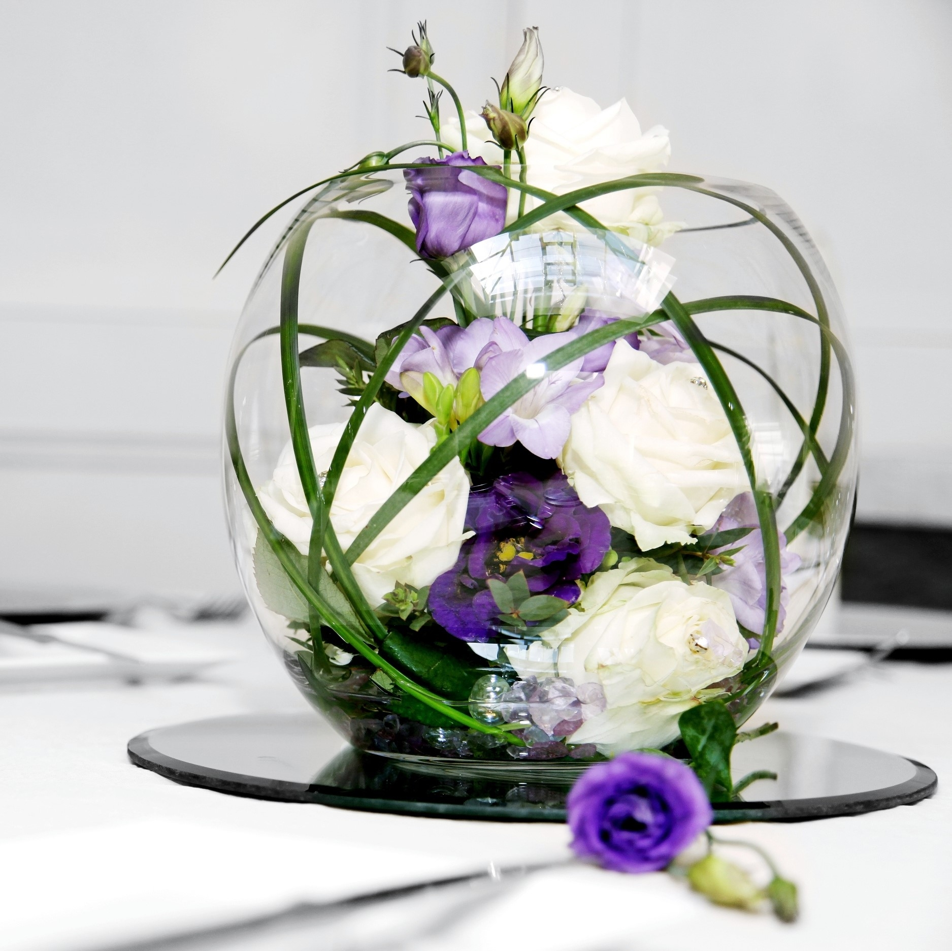 Table centre arrangements belper florist derby flowers for Table arrangements
