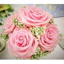 Heaven rose and gypsophila enhanced with diamanté pins.