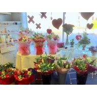 Beautiful range of flowers, colours and budgets.