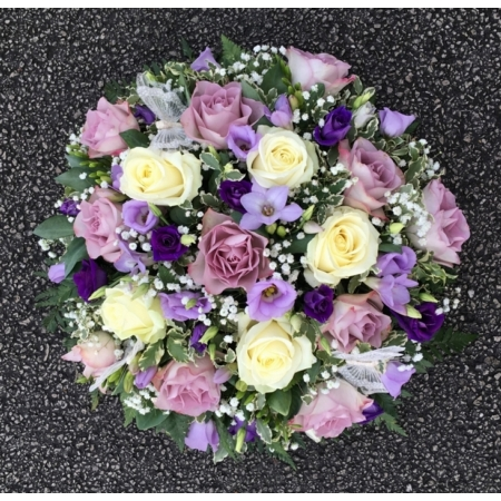 White and Lilac Posy Pad